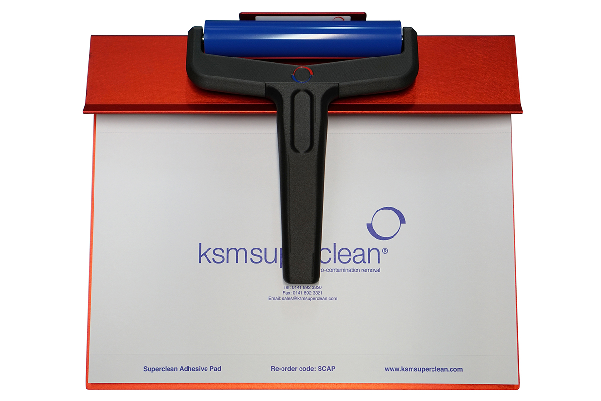 The Superclean MR can be mounted on to a robust, light, support block which also holds the Superclean AP (Adhesive Pad) image